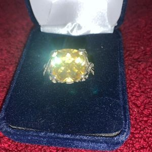 Sterling Silver Yellow Rock Ring 925